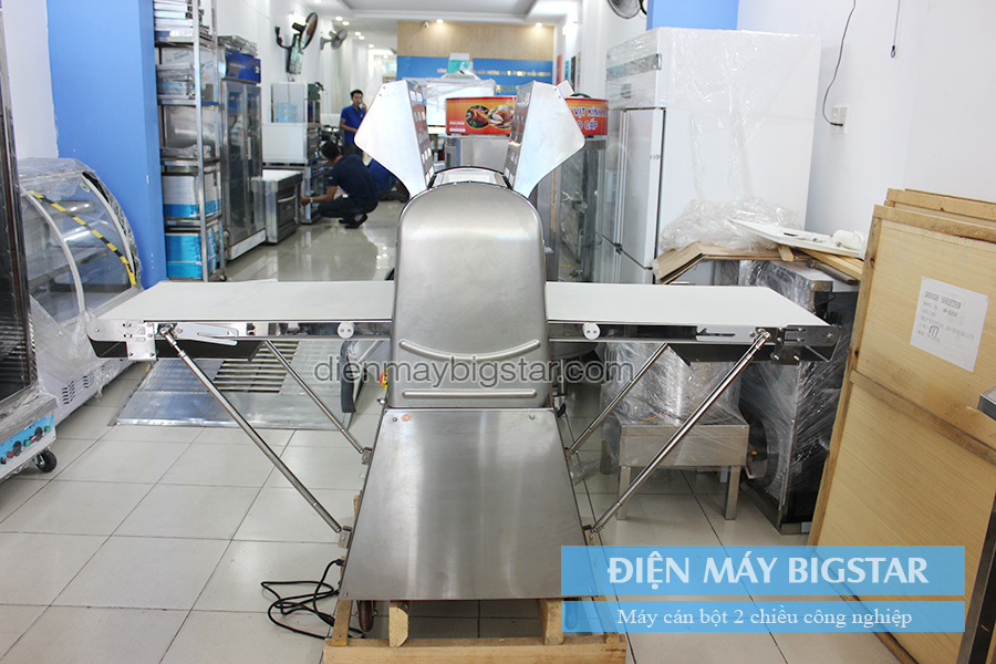 Máy cán bột 2 chiều công nghiệp